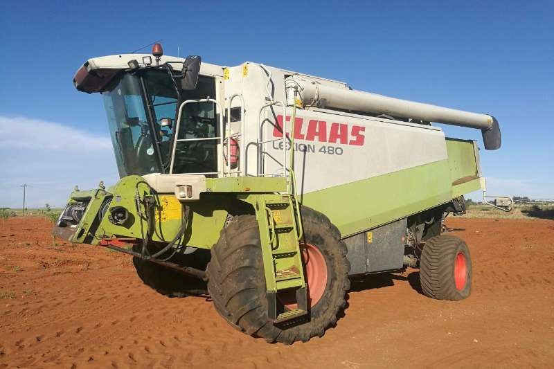 Claas LEXION 480 + 9M KORINGTAFEL Combine harvesters and harvesting equipment