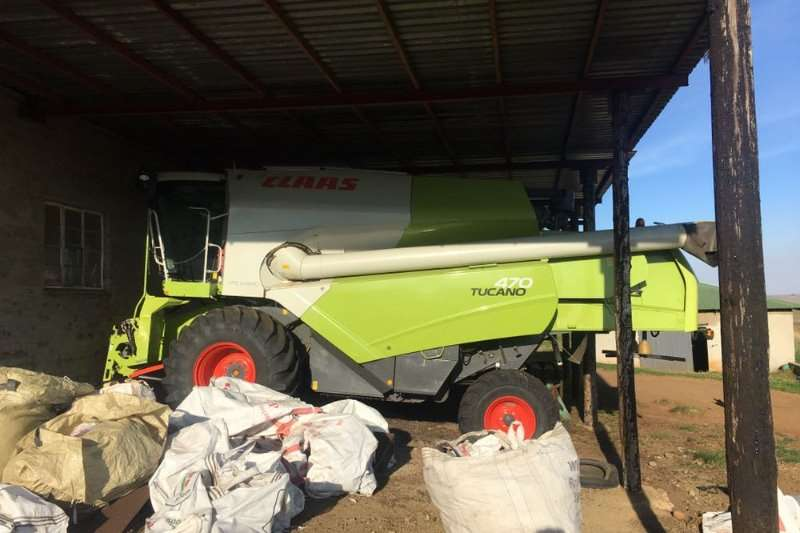 Claas TUCANO 470 Combine harvesters and harvesting equipment