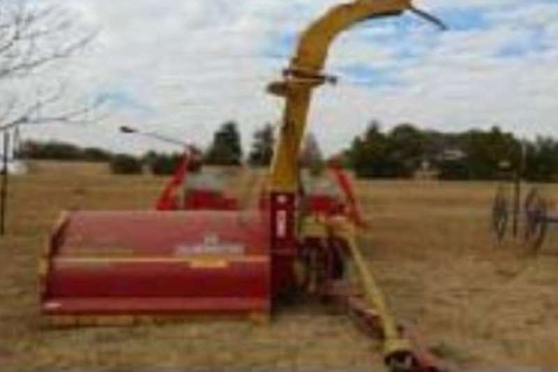 Forage harvesters Staalmeester D5540 Combine harvesters and harvesting equipment