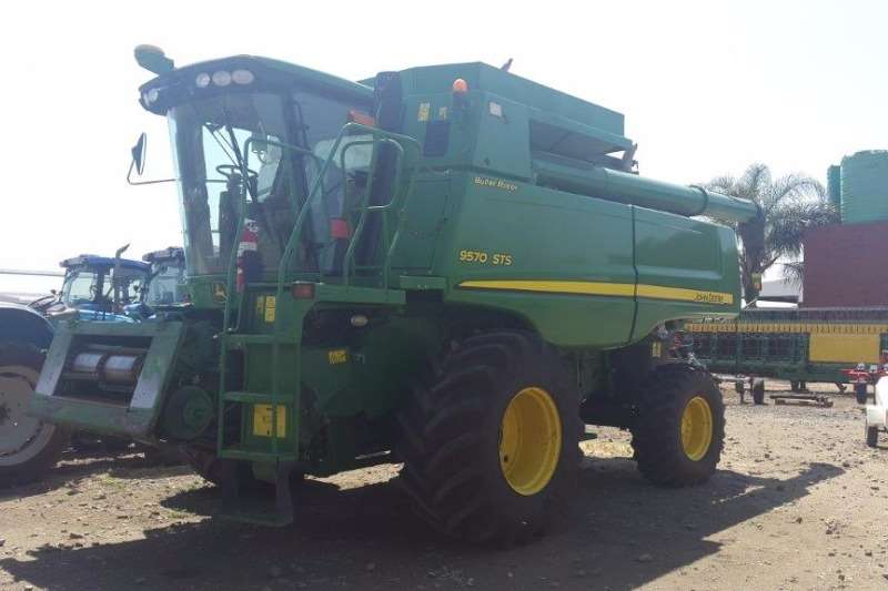 John Deere M3709  D2493 Combine harvesters and harvesting equipment