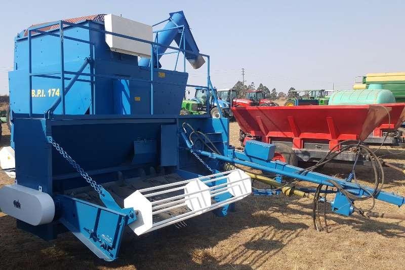 Combine Harvesters and Harvesting Equipment Other Other Combine Harvesters and Harvesting Equipment BPI dry bean harvester 0