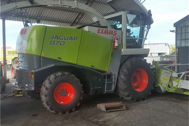 Claas 2005 CLAAS JAGUAR 870 4X4 +RU600 MAIZE HEAD 2669.9 Combines & harvesters