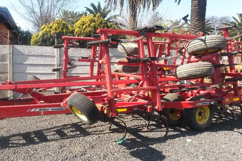 Cultivators Kverneland Other Cultivators Sunflower 6.3m Seedbed Cultivator NEW 2017
