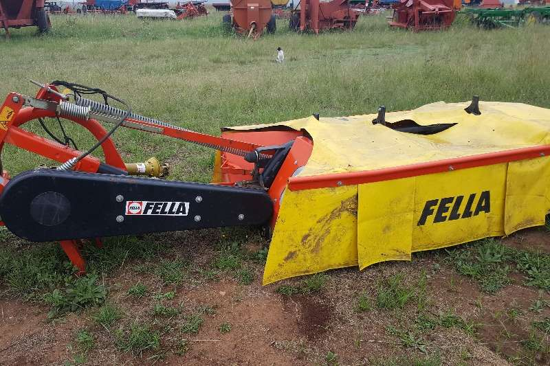 Cutters and Shredders Other Other Cutters and Shredders FELLA 4 disc mower 2006