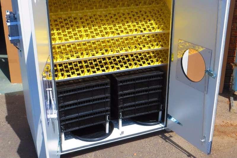 Surehatch SH1700 Egg Incubator Egg incubator