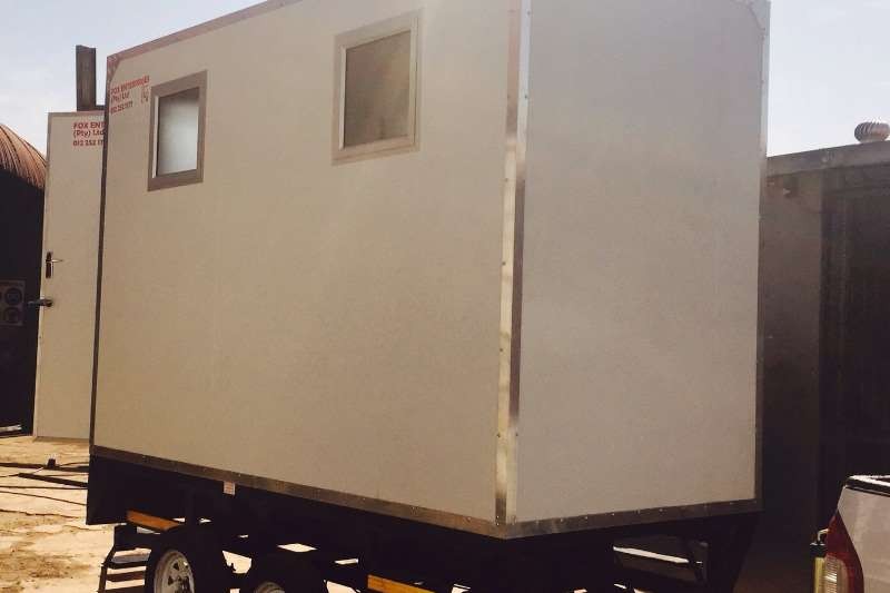 Platinum Mobile Toilette tailer Farm trailers