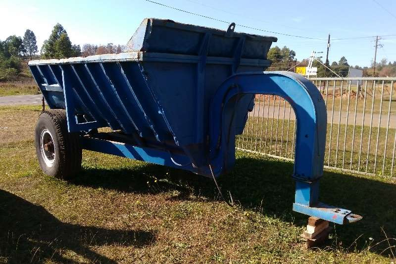 Farm Trailers Shawnee Rock Bin Tipping Trailer 0