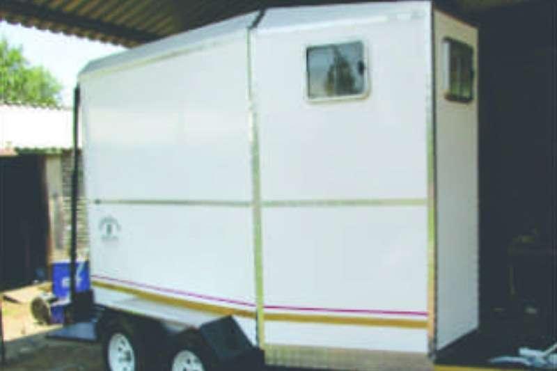 Vencedor 2 Berth Horsebox Farm trailers
