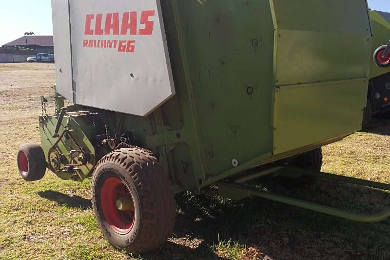 Hay and Forage Claas Balers CLAAS Rollant 66 0