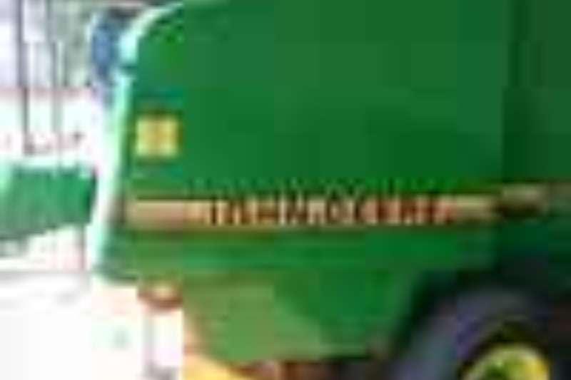 John Deere Balers John Deer 565 Ronde tou Baller Hay and forage