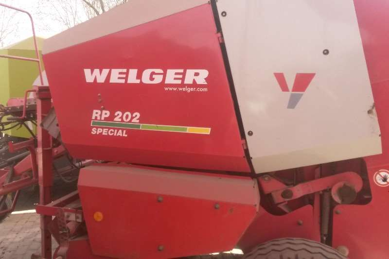 Hay and Forage Welger Balers Welger 202 special met net 0