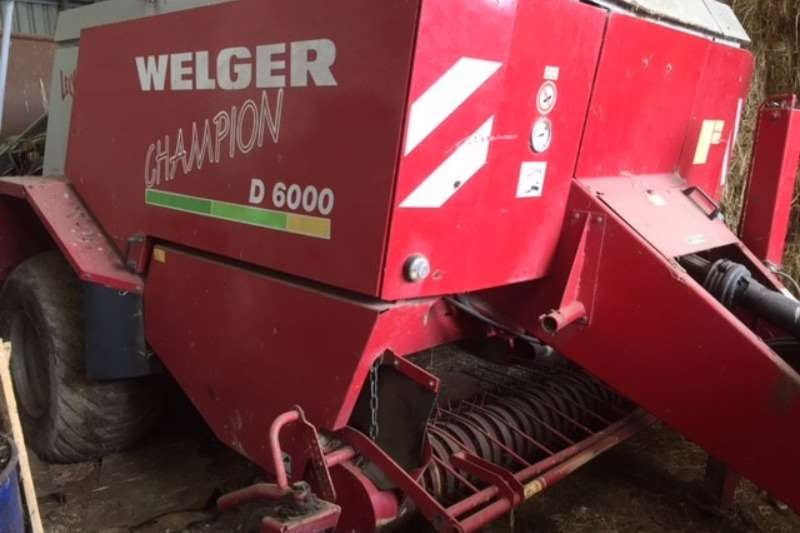 Welger Balers Welger D6000 Big Pack serviced and ready to bale Hay and forage