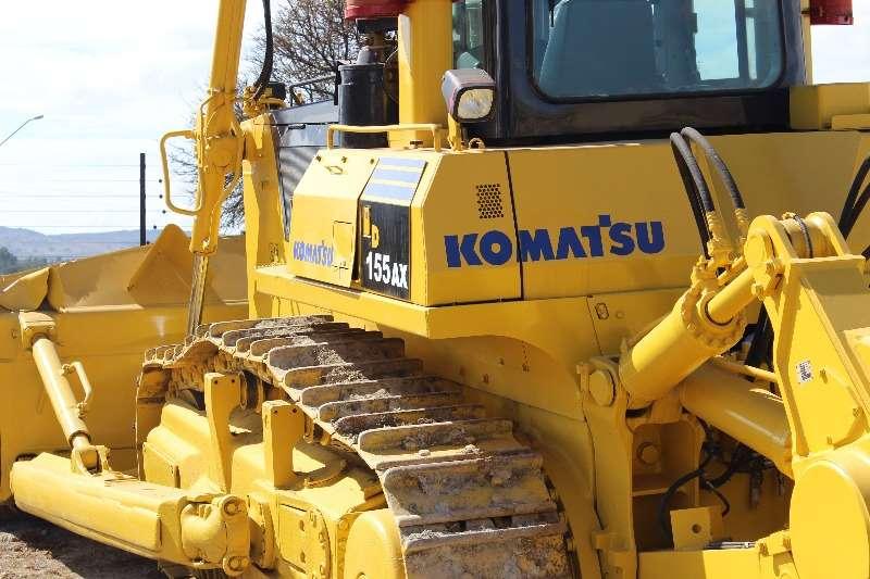 Komatsu EX 155-5 Dozer Machinery