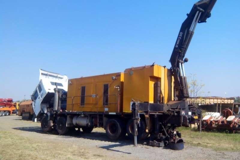 Volvo Truck RG8 With 330 Ton Crane Machinery