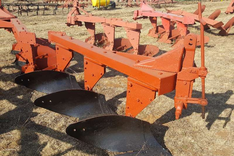 Other ploughs 3 furrow plough 50 various ploughs available