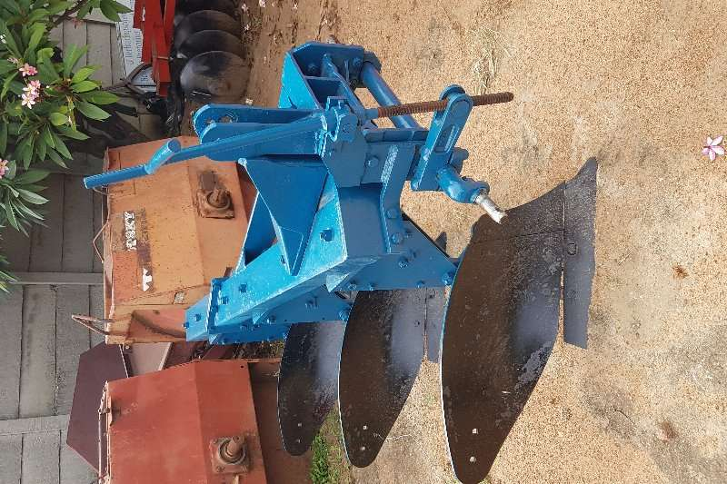 Other ploughs 3 skaar plough