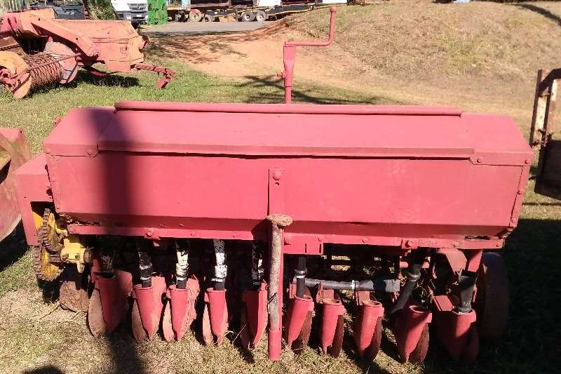 Fine Seed Planter - Good Condition Planters