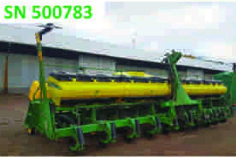 John Deere 2117C CS 10 Ry Planter Planters