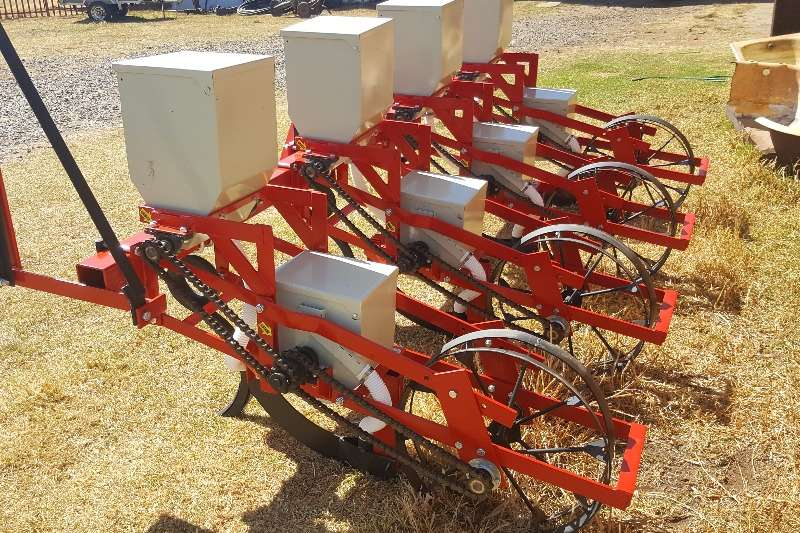 Other NEW 4 Row PLanter Planters