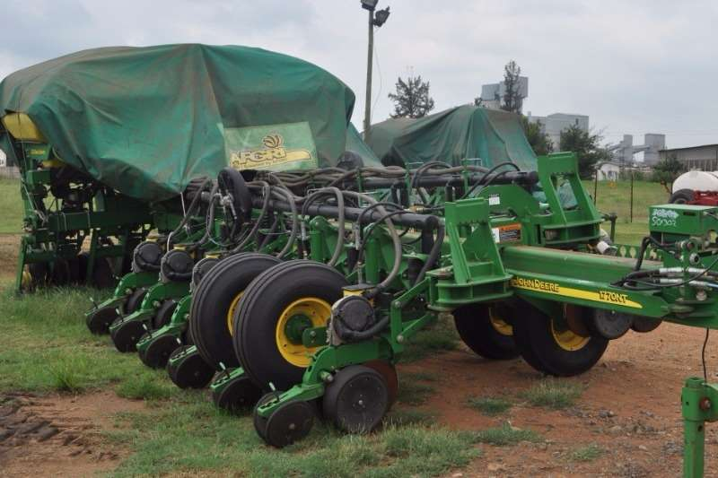 John Deere Other planting and seeding 1770 Planting and seeding