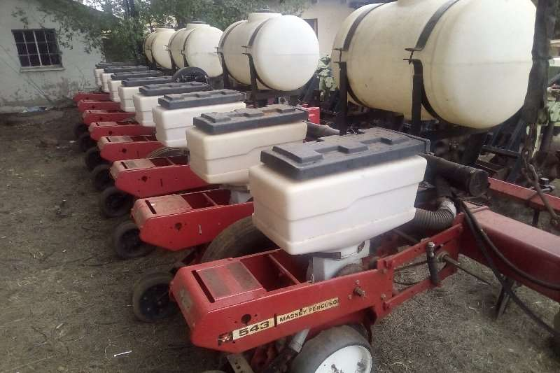 Massey Ferguson Drawn planters Massey Ferguson 543 8 row planter Planting and seeding
