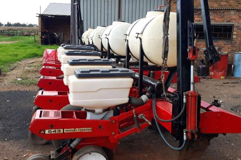 Massey Ferguson Row units Massey Ferguson 543 Planting and seeding