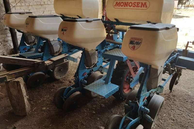 Monosem Row units Monosem 4ry vakuum planter Planting and seeding