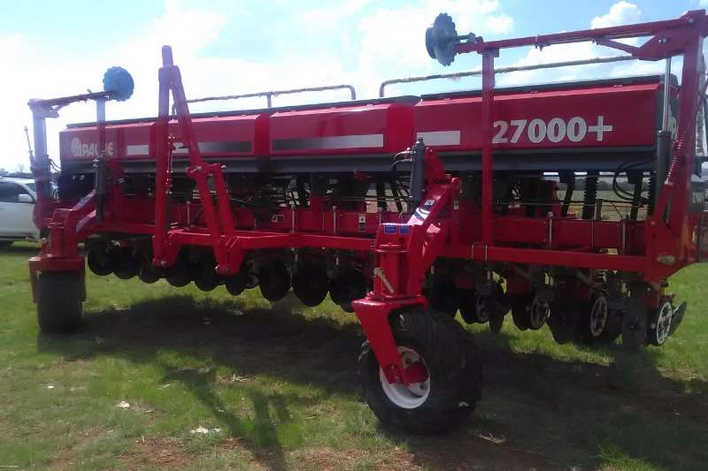 Planting and Seeding Other Other Planting and Seeding Apache 27000 14ry 525mm Planter 2016