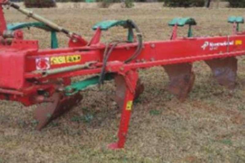 Chisel ploughs Kverneland 4 Skaar ploeg Ploughs