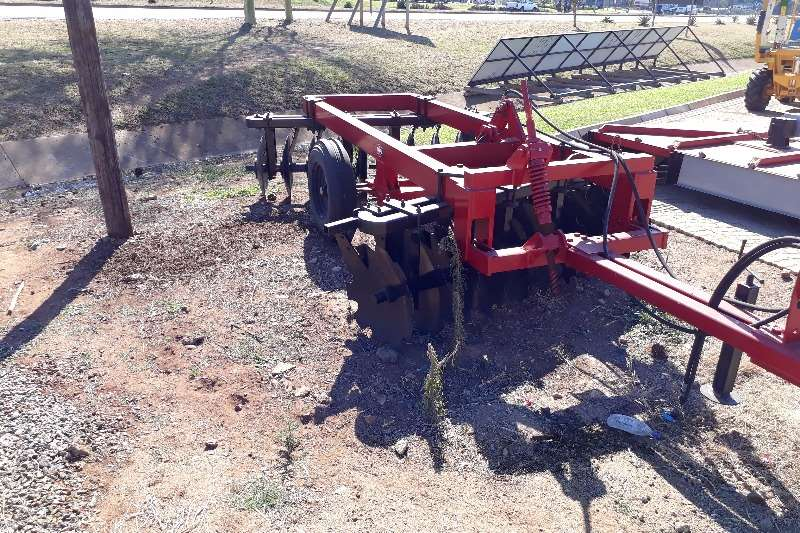 Hydraulic disc Ploughs, cultivators, discs