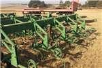 Ploughs, cultivators, discs John Deere 4 RY SKOFFELS X5 0