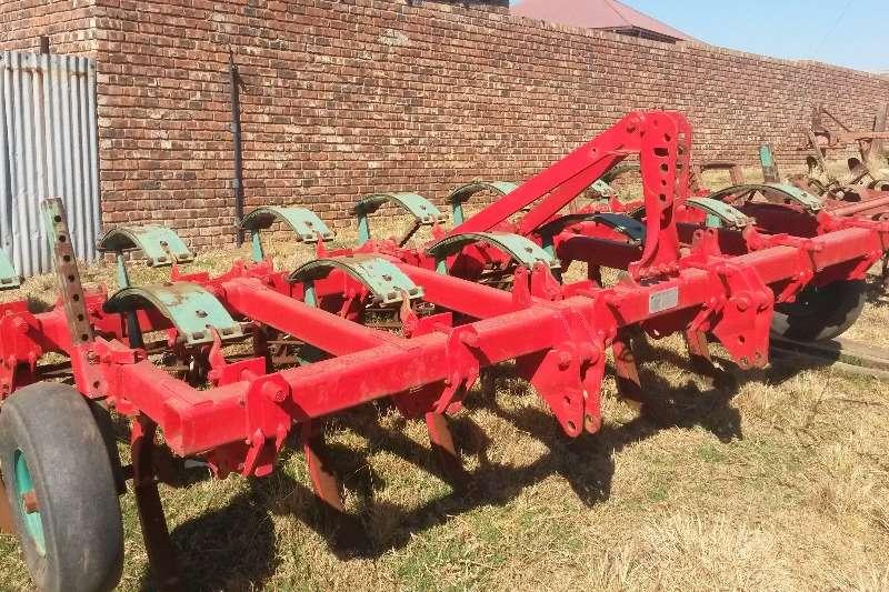 Kverneland CLC EVO 13 tand met rollers Ploughs, cultivators, discs