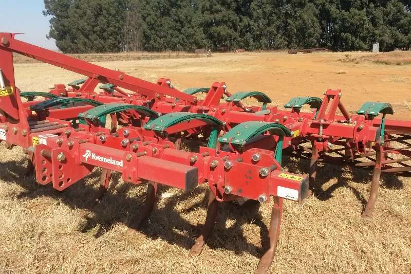Kverneland CLC-II   13 tand Almost brand new. Only 250ha work Ploughs, cultivators, discs