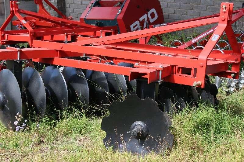 Lift disc 14 disc Ploughs, cultivators, discs