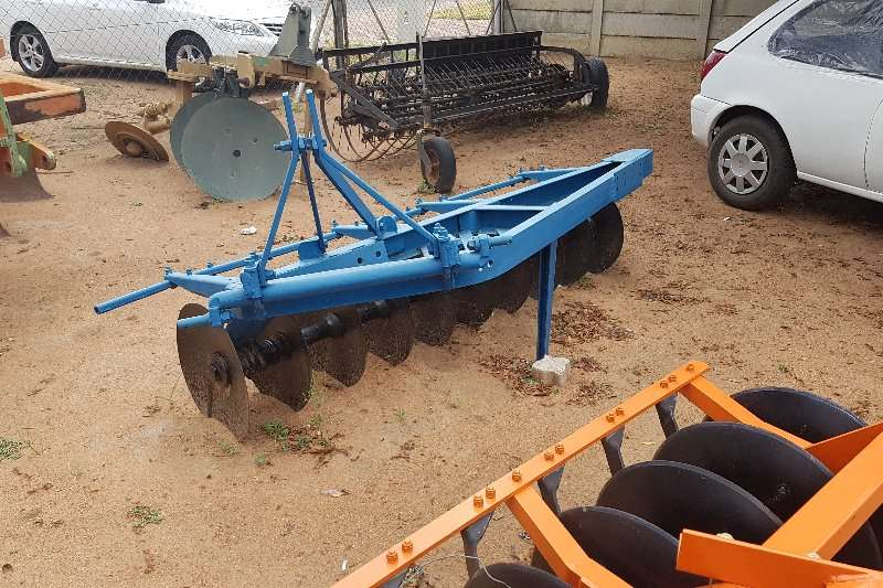 Other Blue one way disc Ploughs, cultivators, discs