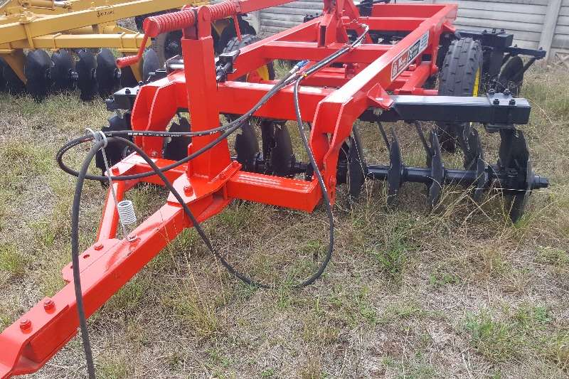 Other Disc harrows New 12x12 hydraulic disc harrow Ploughs, cultivators, discs