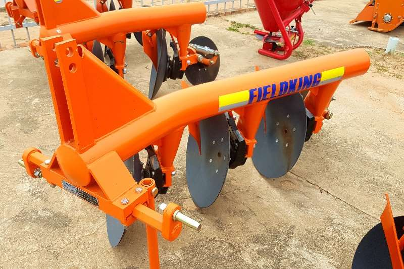 Other Fieldking 3 disc Ploughs, cultivators, discs