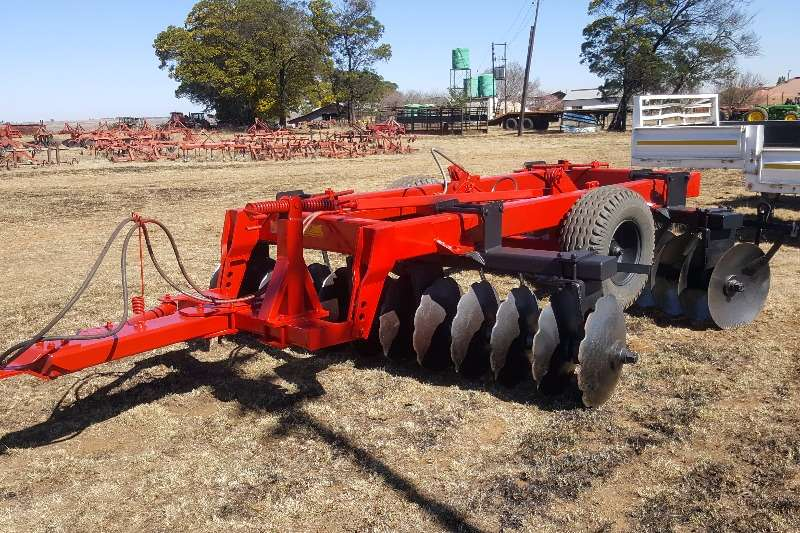 Ploughs Other Agromaster 24 Disc 2012