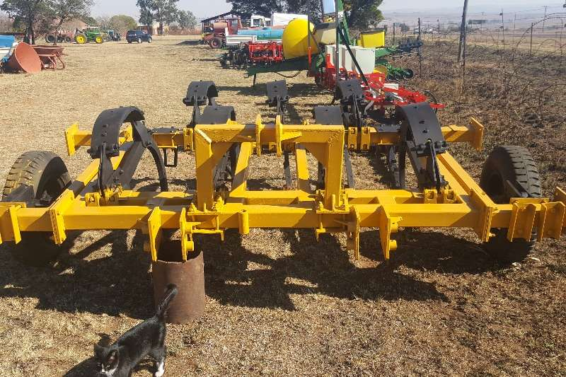 Ploughs Other KAT 7 Tine Chisel Plough 0