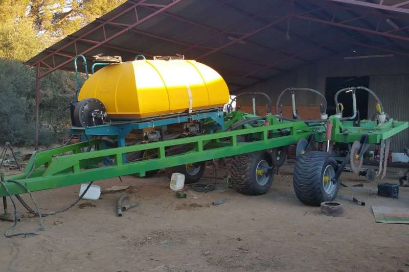 8 TAND SLEEP RIPPER MET 3000L EQUALIZER/TOPCON Precision farming