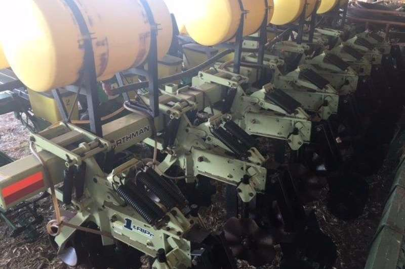 Rakes, Rippers, Rotovators Other Orthman 8 row 1tRIPr 0
