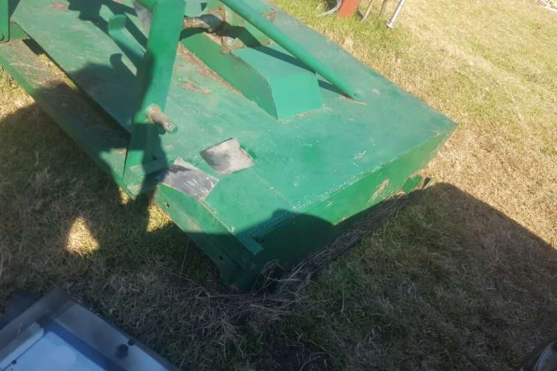 Other Used Slasher Available Slashers, silage cutters & trailers