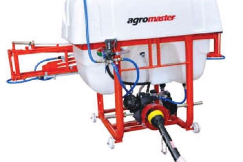 Sprayers and Spraying Equipment Agromaster Mounted 12m Boom 600 l 0