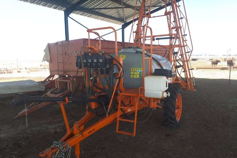 Sprayers and Spraying Equipment Jacto Jacto AM14E 2014 model • soos NUUT 2014