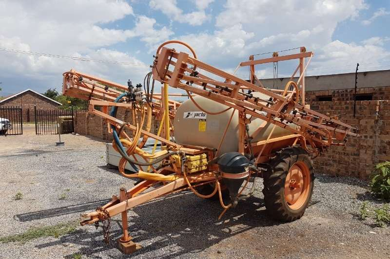 Jacto Other sprayers and spraying equipment Jacto Coral Cross Sprayers and spraying equipment