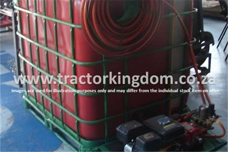 Sprayers and Spraying Equipment Other 1000 Liter Fire Fighter 2015