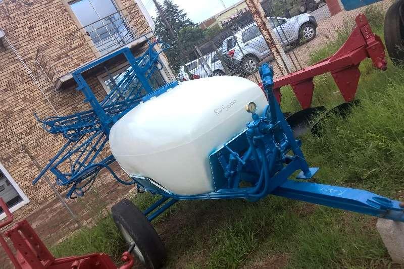 Spraying Equipment 1500 liter Poisen Sprayer 0