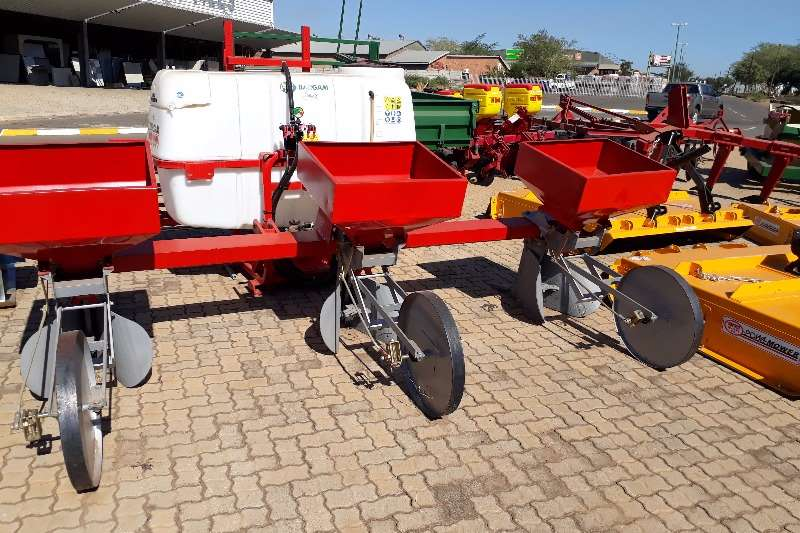3 row Fertilizers spreader Spreaders-Fertiliser, lime, manure