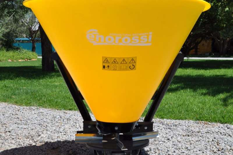 Enorossi Fertilizer Spreaders Spreaders-Fertiliser, lime, manure
