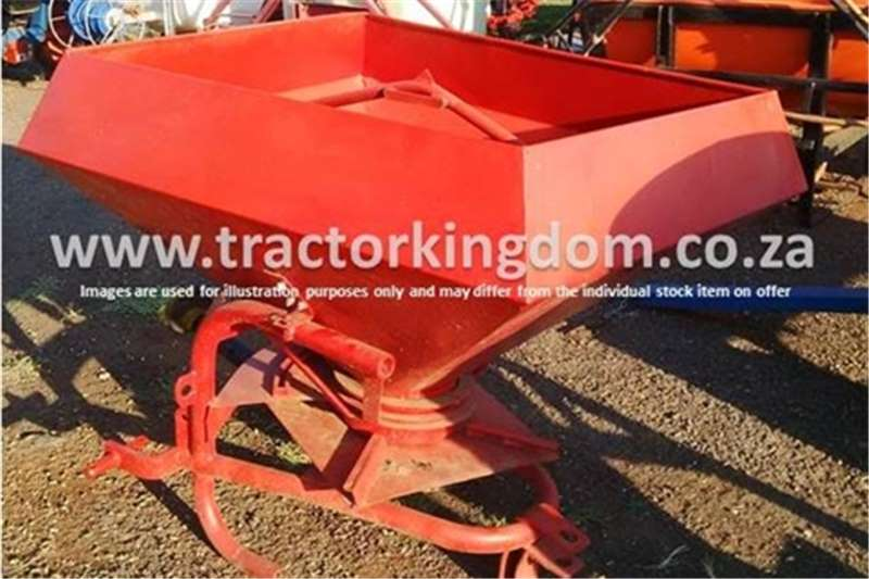 Massey Ferguson 500kg Fertilizer Spreader Spreaders-Fertiliser, lime, manure
